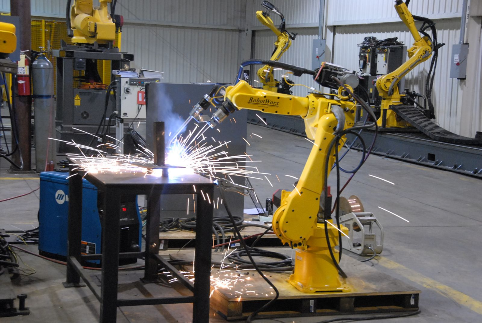 How Are Robots Used In Car Manufacturing