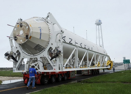 antares_hot_fire_rollout_may2016